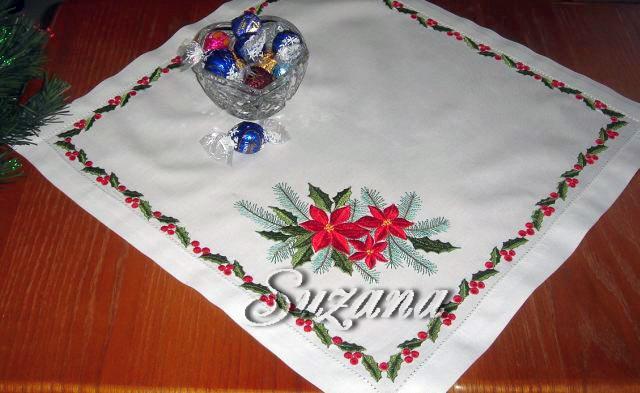 QuotPoinsettia Tablenapkinquot  Machine Embroidery Design